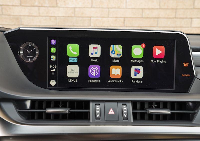 Lexus Apple Carplay >> Lexus To Begin Carplay Rollout In New Vehicles In September