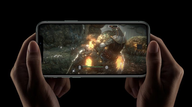 iPhone 11 Pro gaming