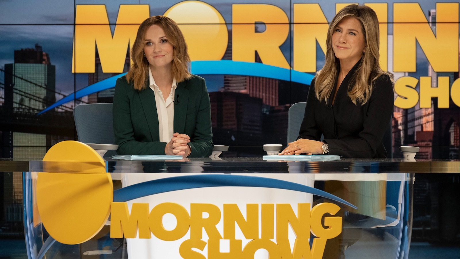 Apple TV+ Series 'The Morning Show' on Filming Hiatus Due to Coronavirus Concerns thumbnail