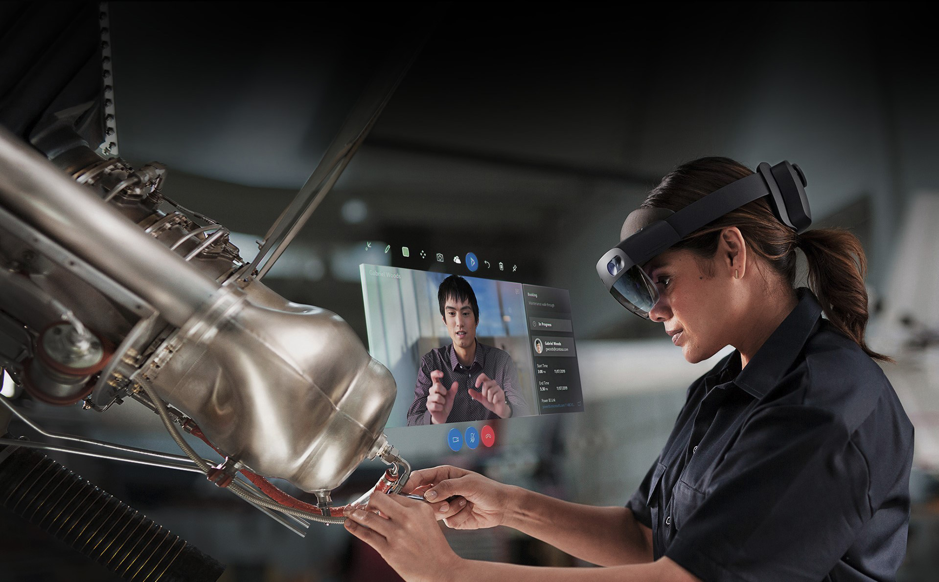 photo of Former Apple Engineering Leader Joins Microsoft to Work on HoloLens and Other Hardware image