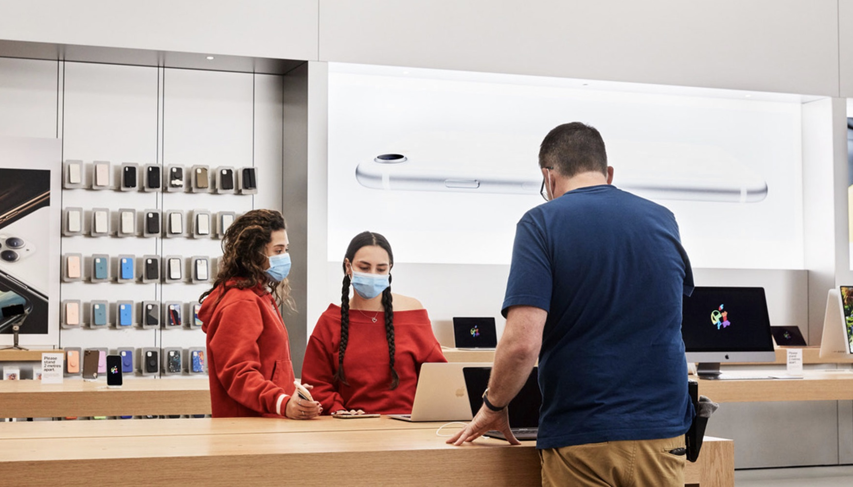 apple store reopening