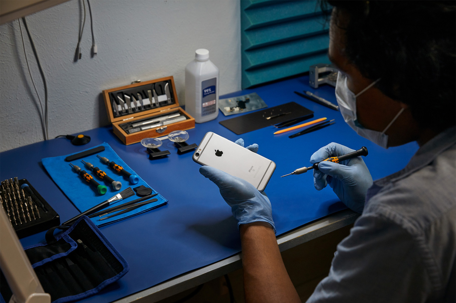photo of Apple's Independent iPhone Repair Program Adds More U.S. Locations and Expands to Canada and Europe image