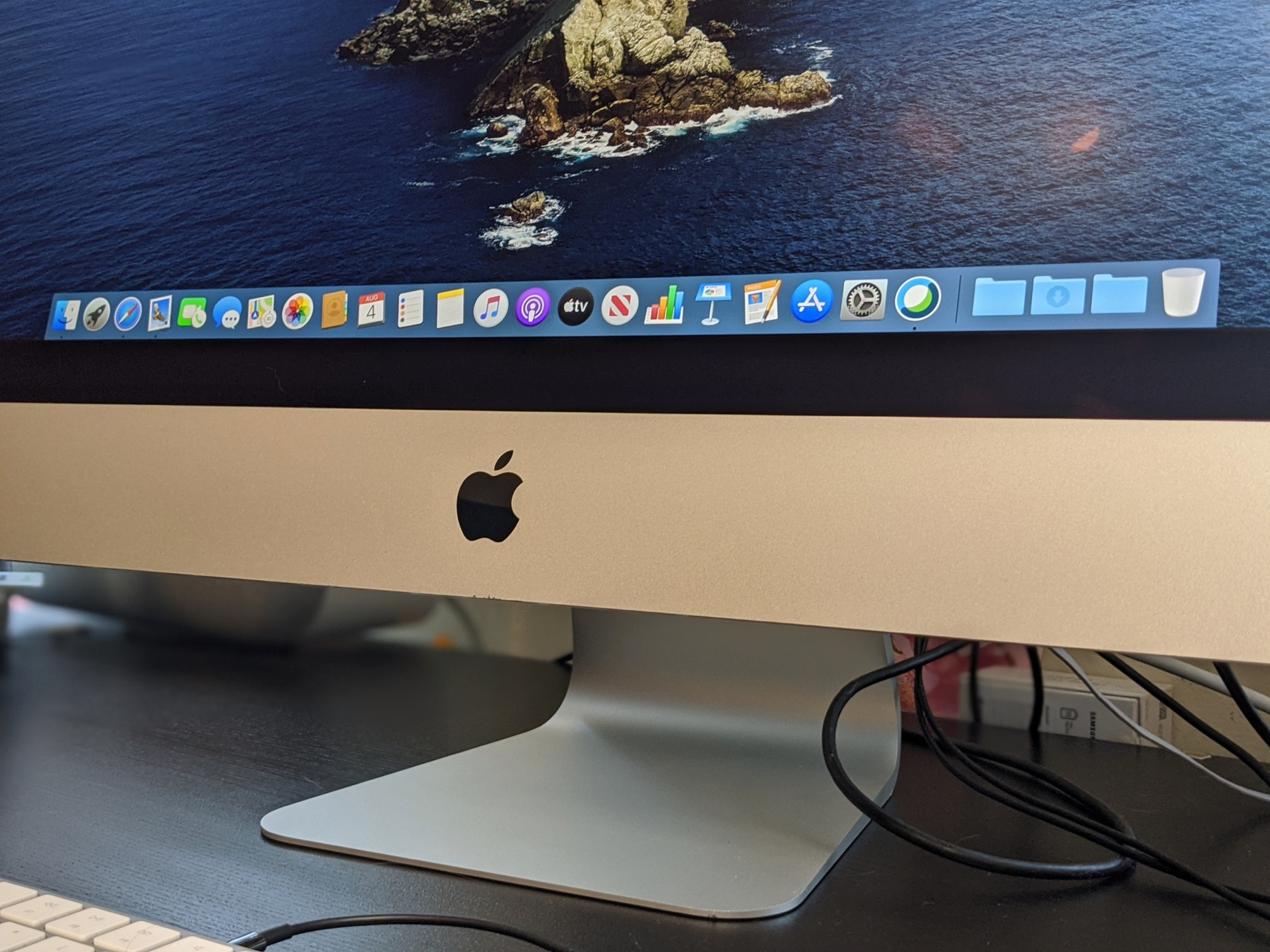 2020 27-Inch iMac Reviews: A Great Machine for Working From Home With Upgraded Camera, Speakers, Microphone and More