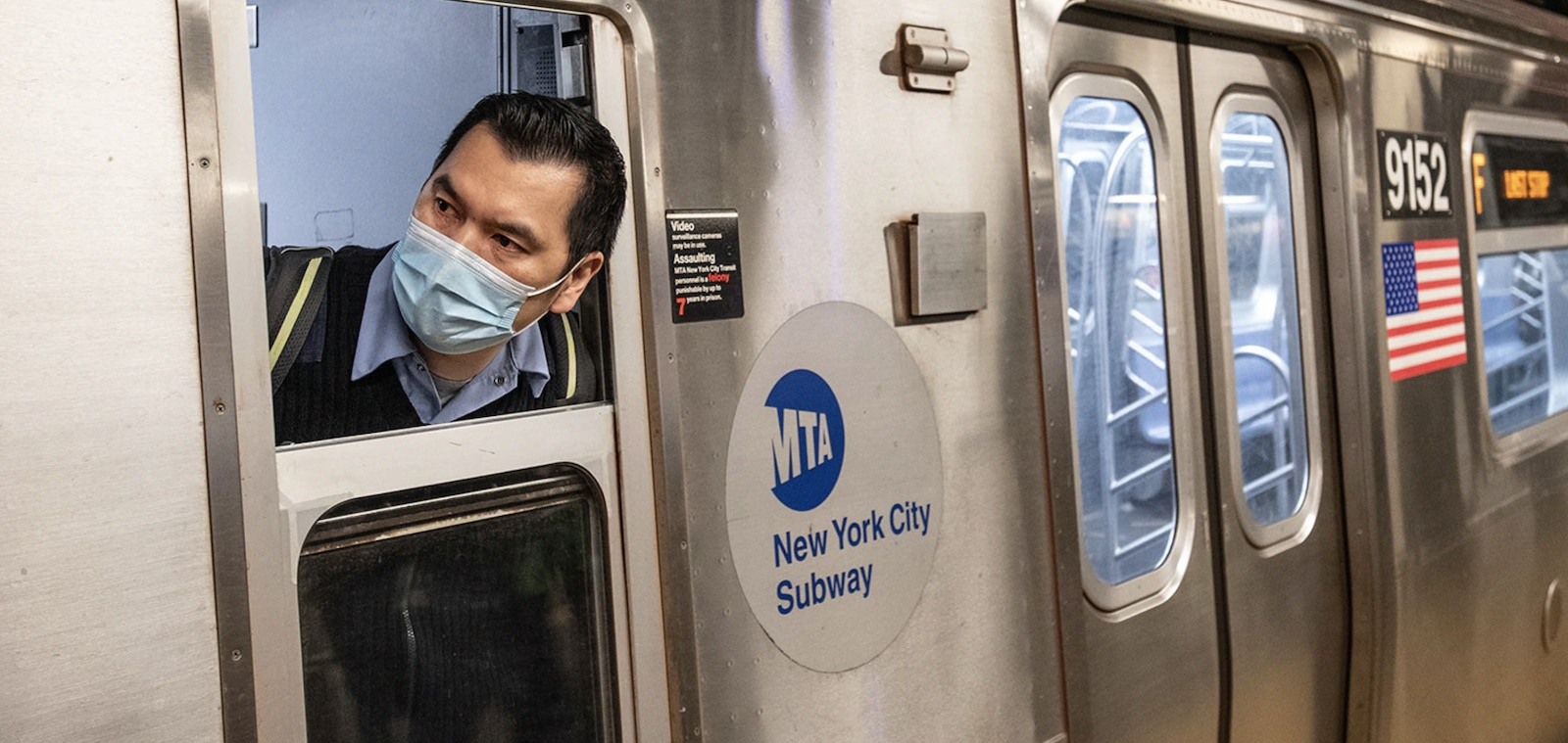 photo of New York City's MTA Urges Apple to Further Protect Riders During Pandemic image