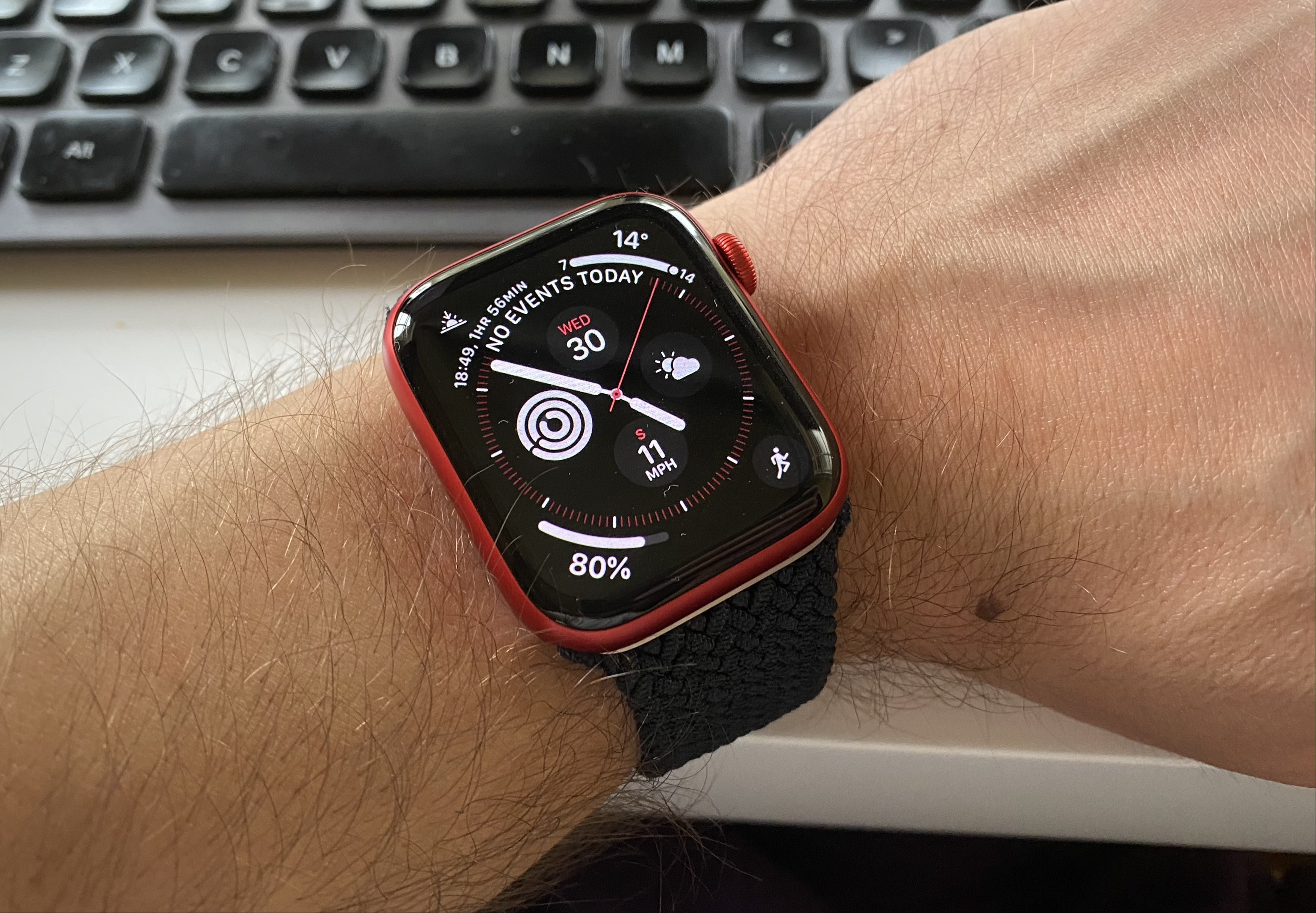 photo of watchOS 7: How to Share Apple Watch Faces image