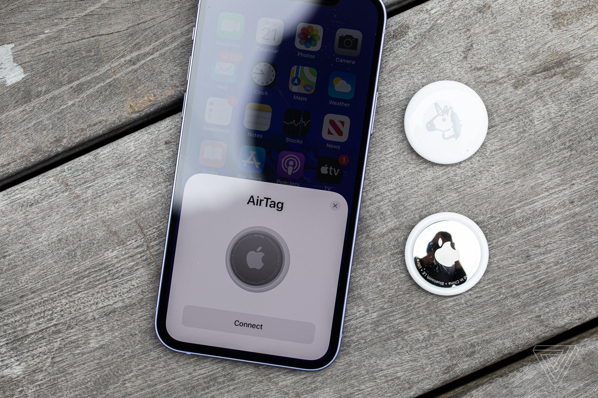 airtag and iphone 12