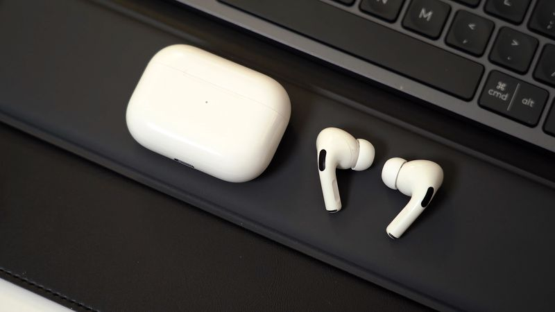 Apple over-ear headphones leak: Target inventory hints at premium price-point