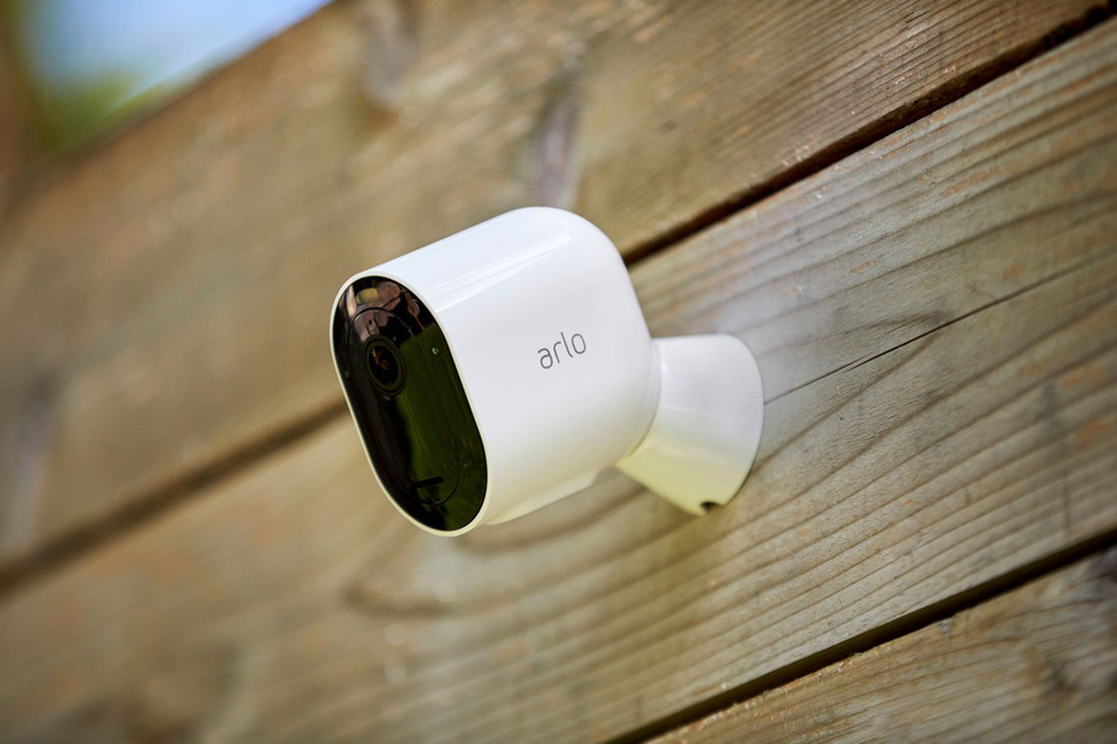 Arlo Introduces Pro 4 Security Camera With Easier Wi-Fi Setup, But Lacks HomeKit at Launch [Updated]