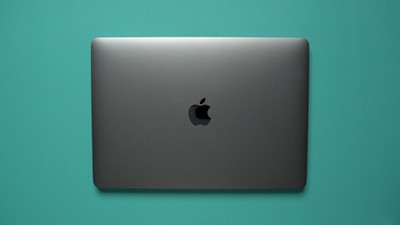 macbook pro closed