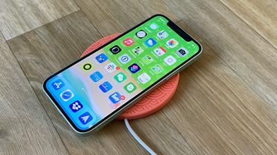 magpad iphone 12