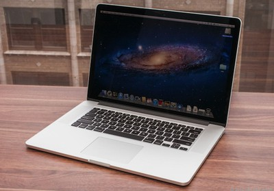 retina macbook pro table