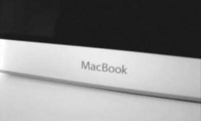 122811 macbookvid 400