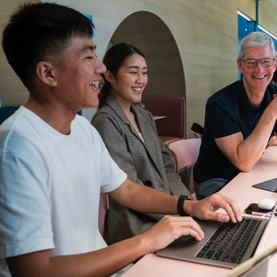 tim cook bangkok