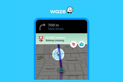 waze railway crossing alert