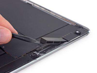 iFixit 10 5 inch ipad pro plastic blocks