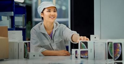 iphone factory worker