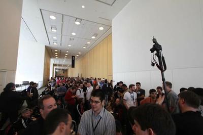 wwdc 2012 keynote crowd waiting