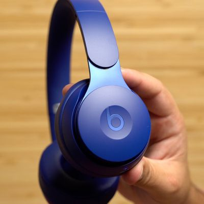 beats solo pro hands on 1