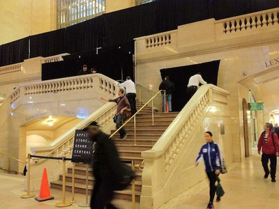 grand central store barrier down 2
