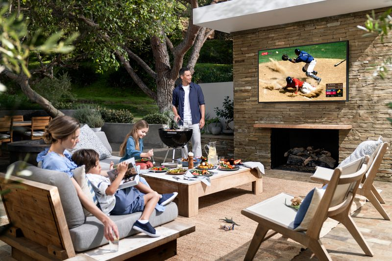 Samsung's New Outdoor 'Terrace' Smart TV Supports Apple TV App and AirPlay 2