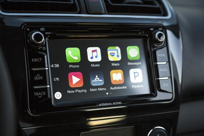 2017_Mirage_CarPlay