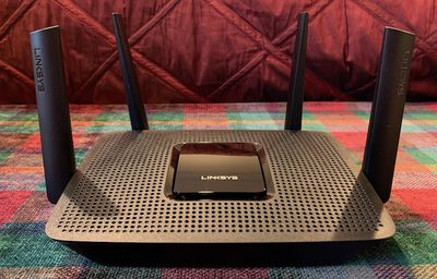 linksys mr8300 front