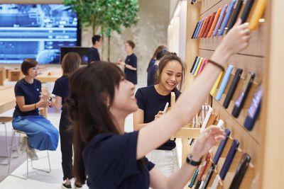 new apple store taipei team setting up 061219 big