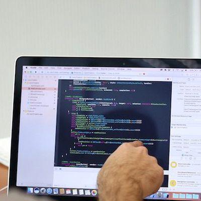 ios developer academy macbook