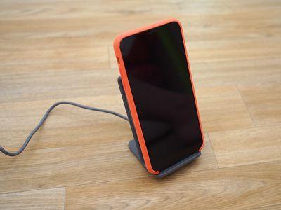iottiewirelesschargingstandfront