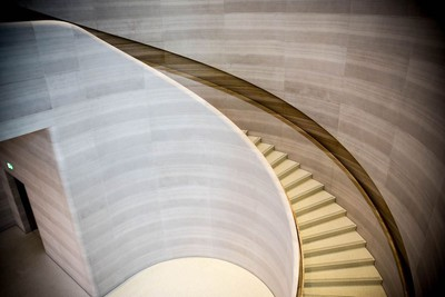 apple store singapore stairs