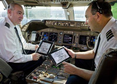 united pilots ipad 1