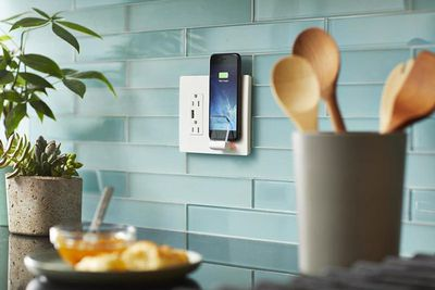 radiant wall charger iphone