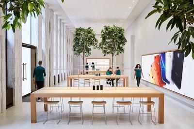 Apple Carnegie Library Genius Grove 05092019