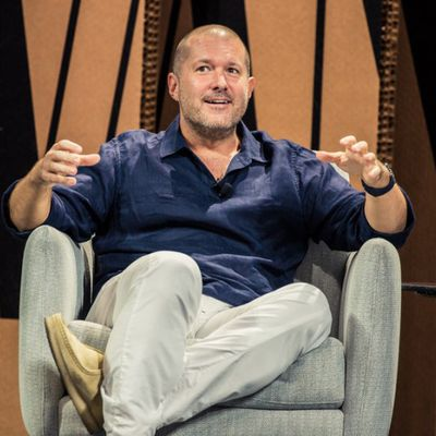 vf summit jony ive e1444264725697