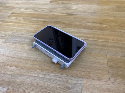 iphonechargerbaselynx