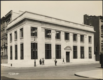 apple_store_manhattan_historical_picture