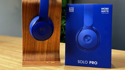 beats solo pro hands on feature