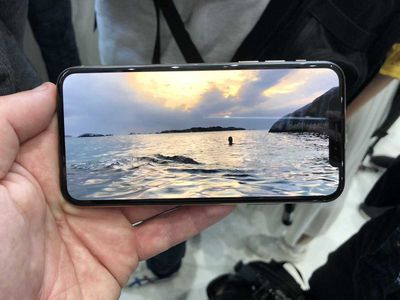 iphone xs hands on 4