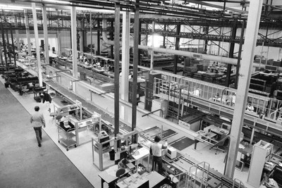 terence mccarthy new york times old mac manufacturing plant in california