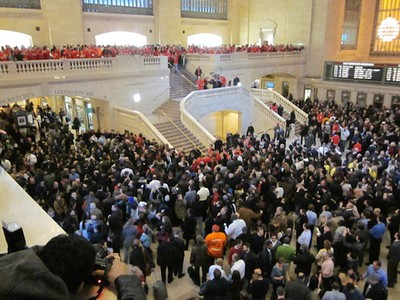 grand central store crowd