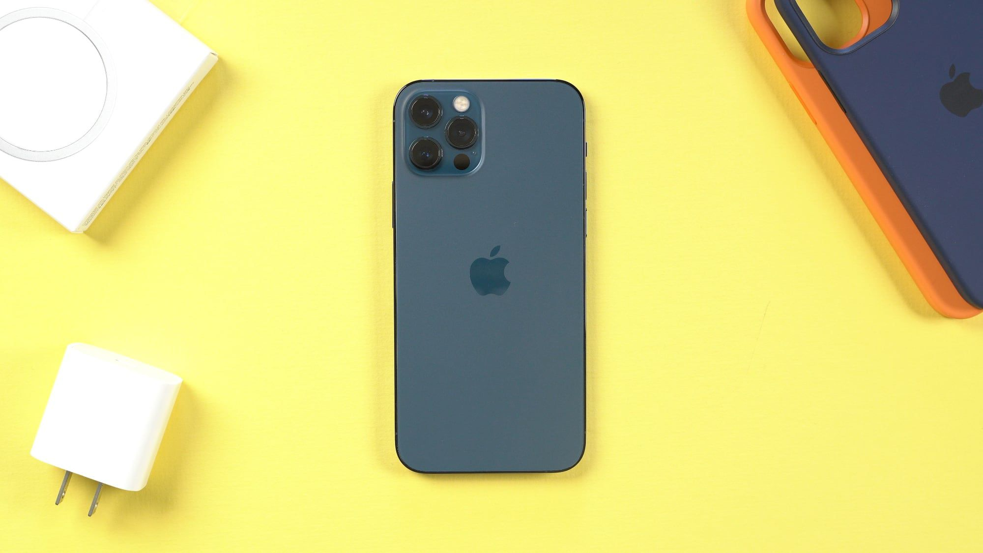 Hands-On With the New iPhone 12 Pro
