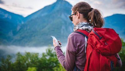 phone hiking