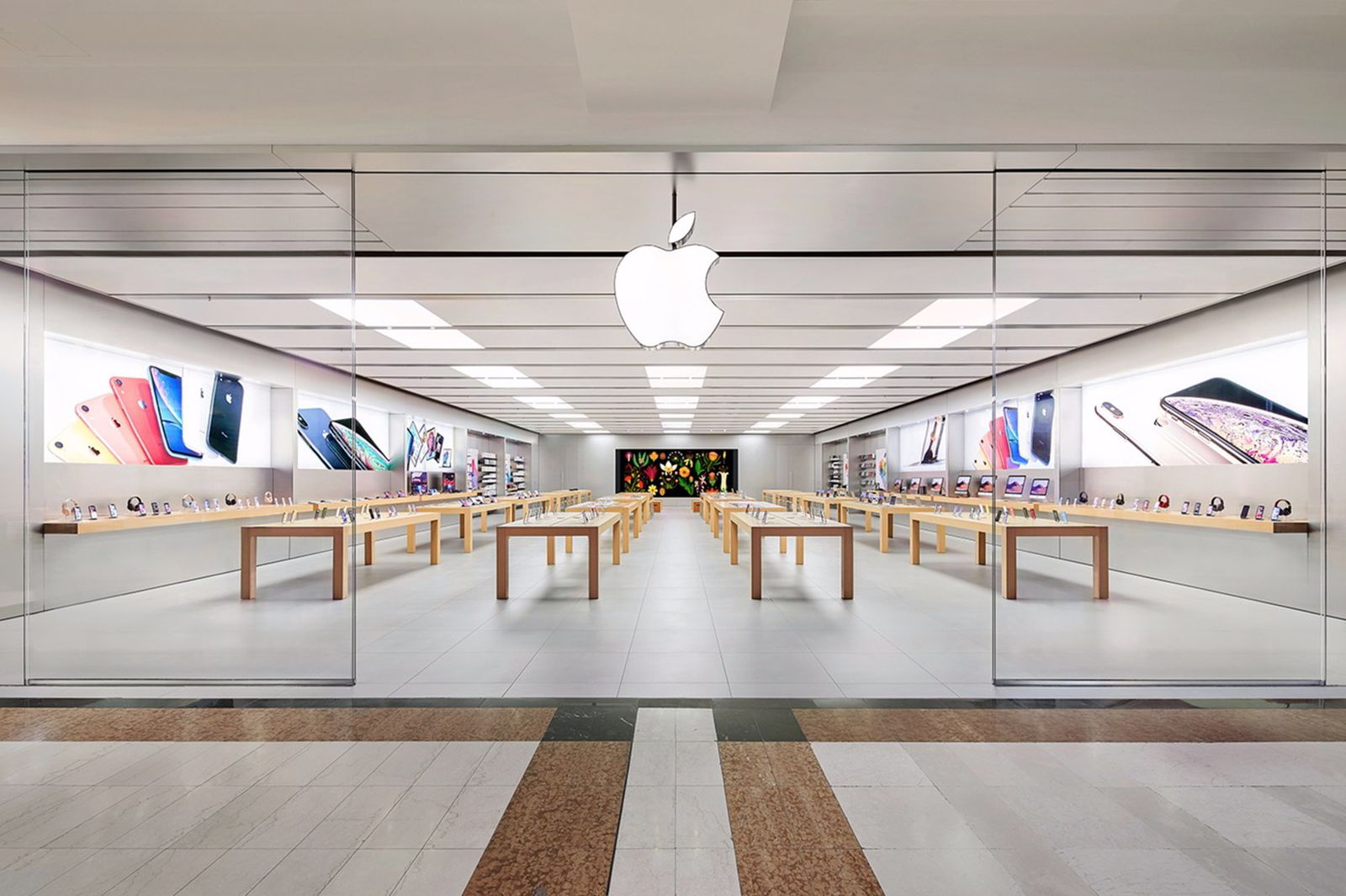 Apple Temporarily Closes Some Retail Stores in Italy Due to Coronavirus  Outbreak - MacRumors