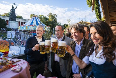 tim cook oktoberfest germany