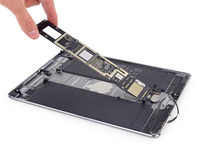 iFixit 10 5 inch ipad pro teardown logic board