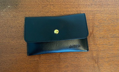 anker gold cable pouch