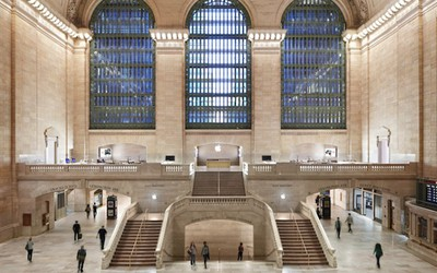 apple store grand central front view
