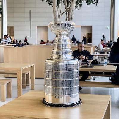 stanley cup apple park