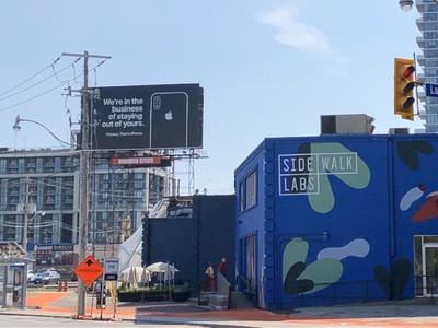 apple billboard privacy canada 2