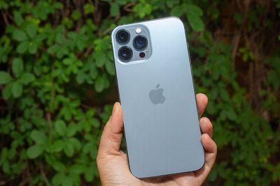 iphone 13 pro sierra blue 3